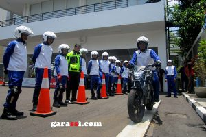 Safety Riding Astra Motor #22